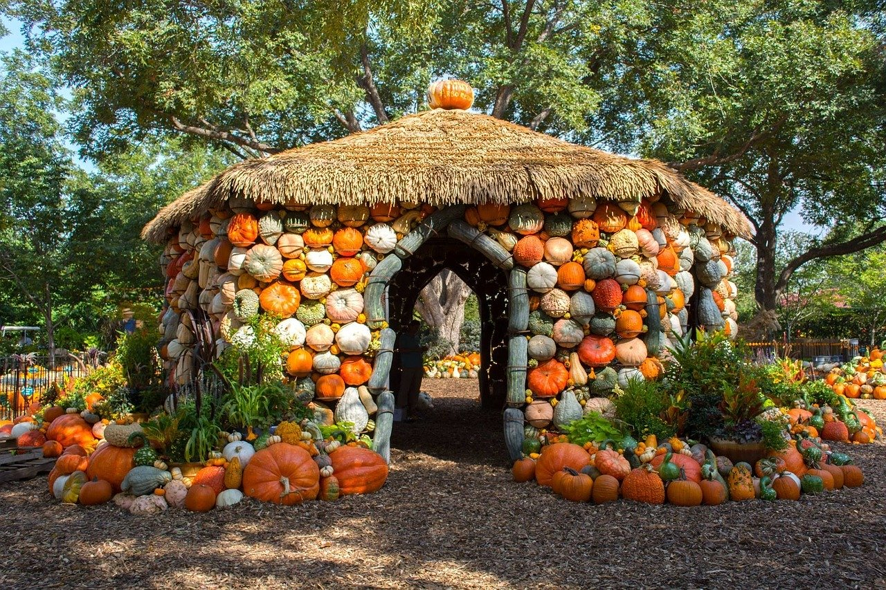Pumpkin House at the Dallas Arboretum.