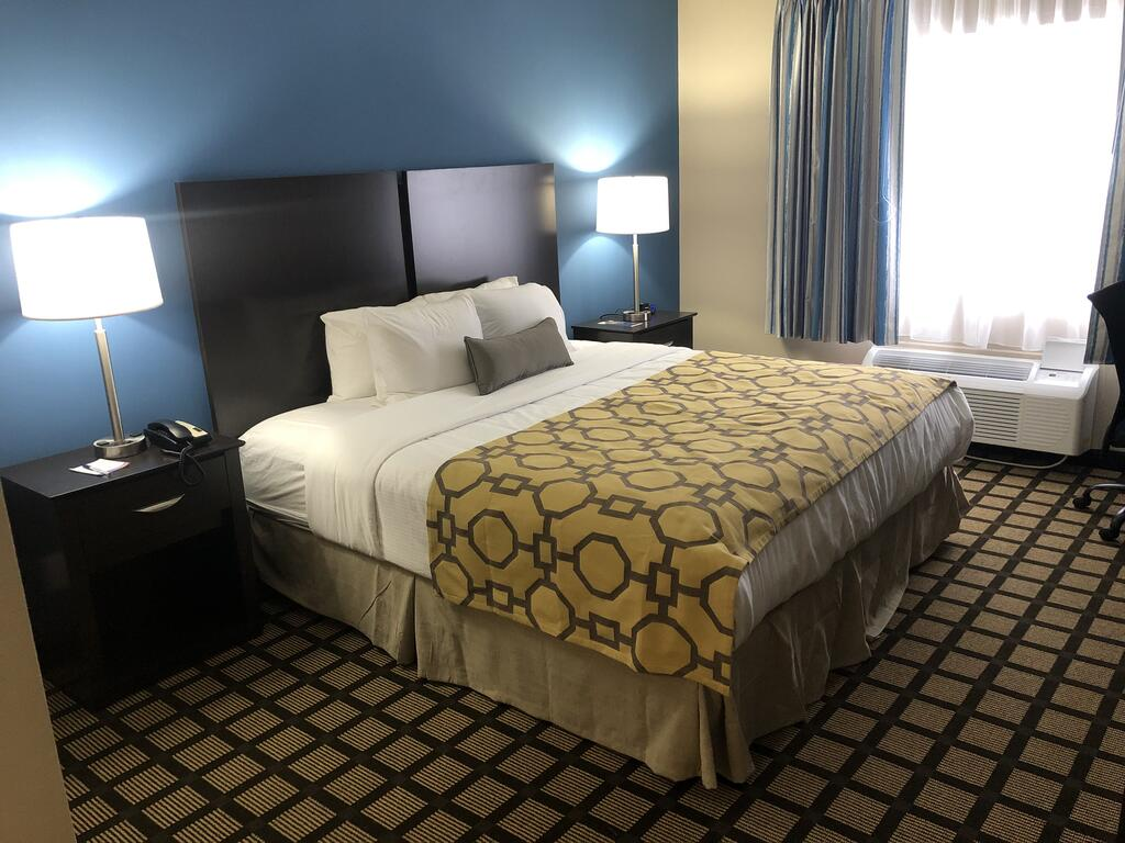 A room at the Baymont by Wyndham, one of the hotels near Albany Airport.