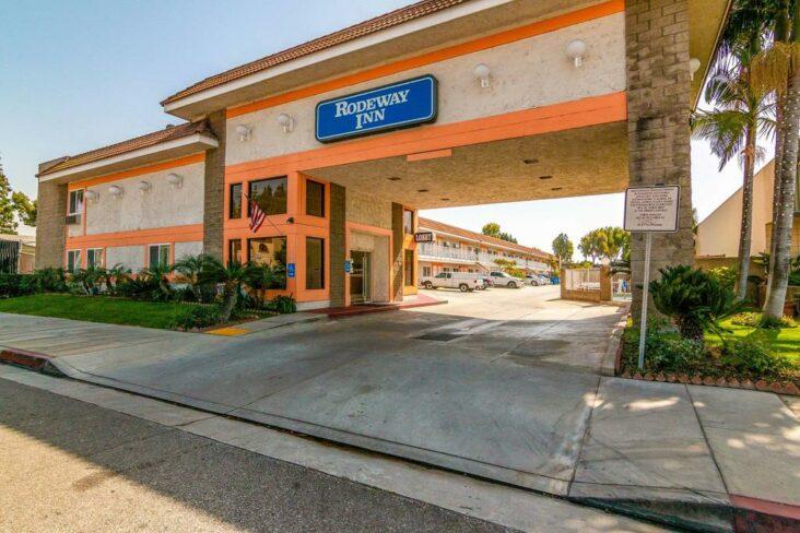 The Rodeway Inn Artesia, one of the hotels in Artesia, CA.