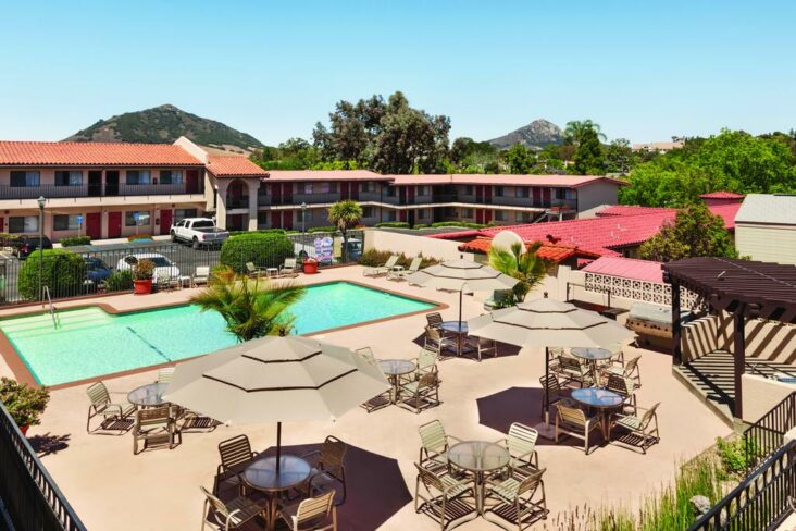 The Sands Inn & Suites, one of the hotels near Cal Poly San Luis Obispo.