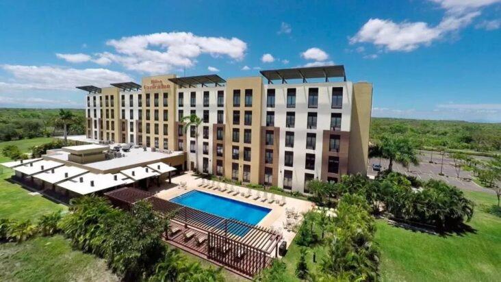 The Hilton Garden Inn Liberia Airport, one of the hotels near Liberia Airport.