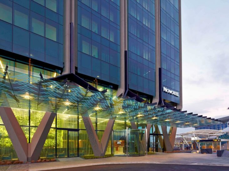 The Novotel Auckland Airport, one of the hotels near Auckland Airport.