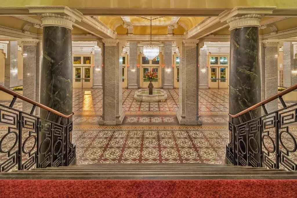 The lobby of the Hotel Bentley, one of the hotels in Alexandria, LA.