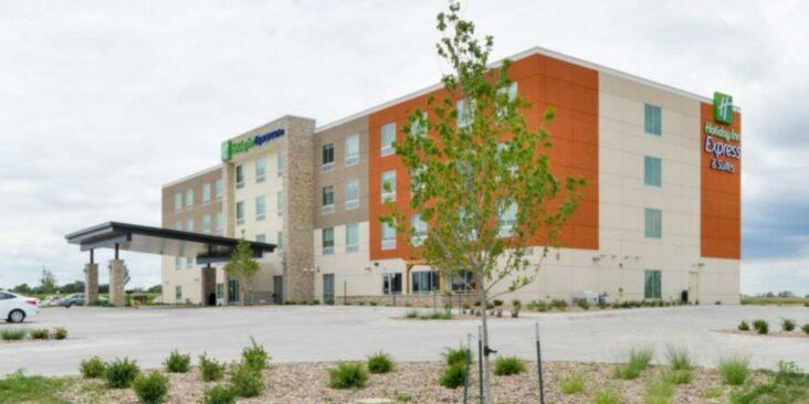 The Holiday Inn Express Alliance, a hotel near Alliance Municipal Airport.
