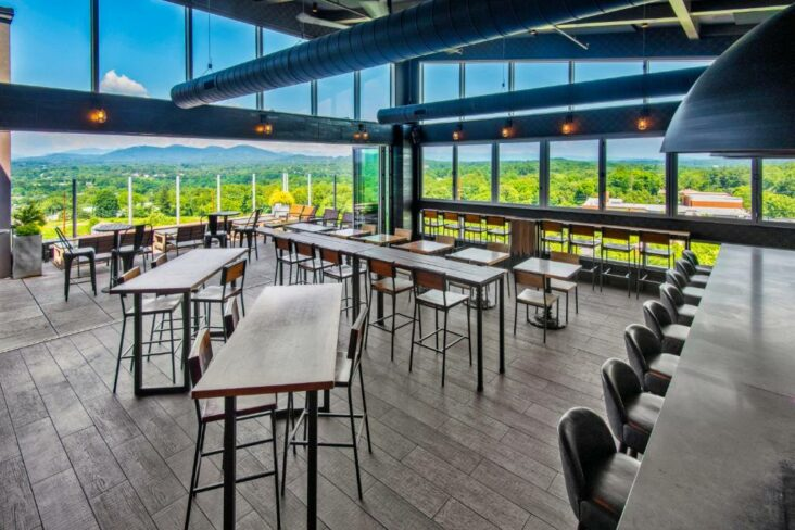 The rooftop restaurant at the Hyatt Place Asheville Downtown, one of the hotels near UNC Asheville.