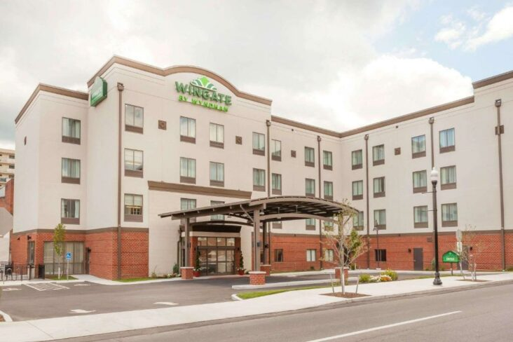 The Wingate by Wyndham Altoona Downtown Medical Center, one of the hotels near UPMC Altoona.