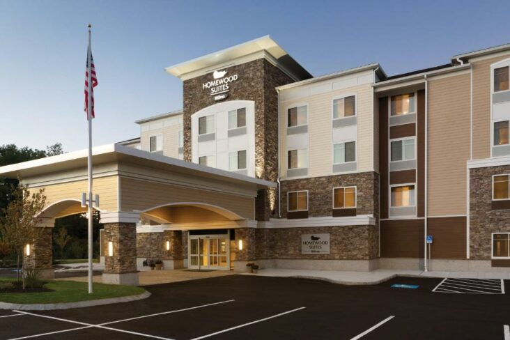 The Homewood Suites by Hilton Augusta, one of the hotels near Augusta Airport in Maine.
