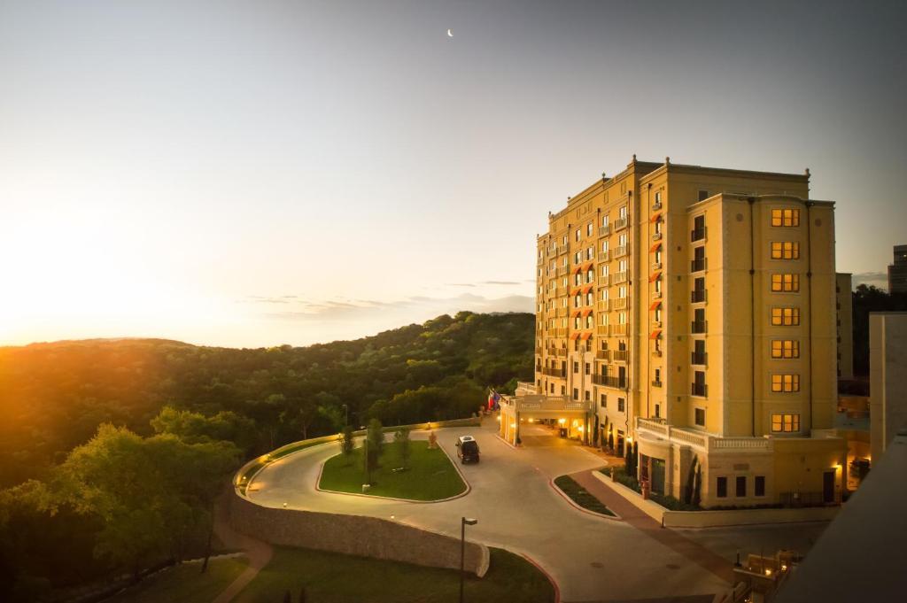 The Hotel Granduca Austin, one of the best hotels in Austin, Texas.