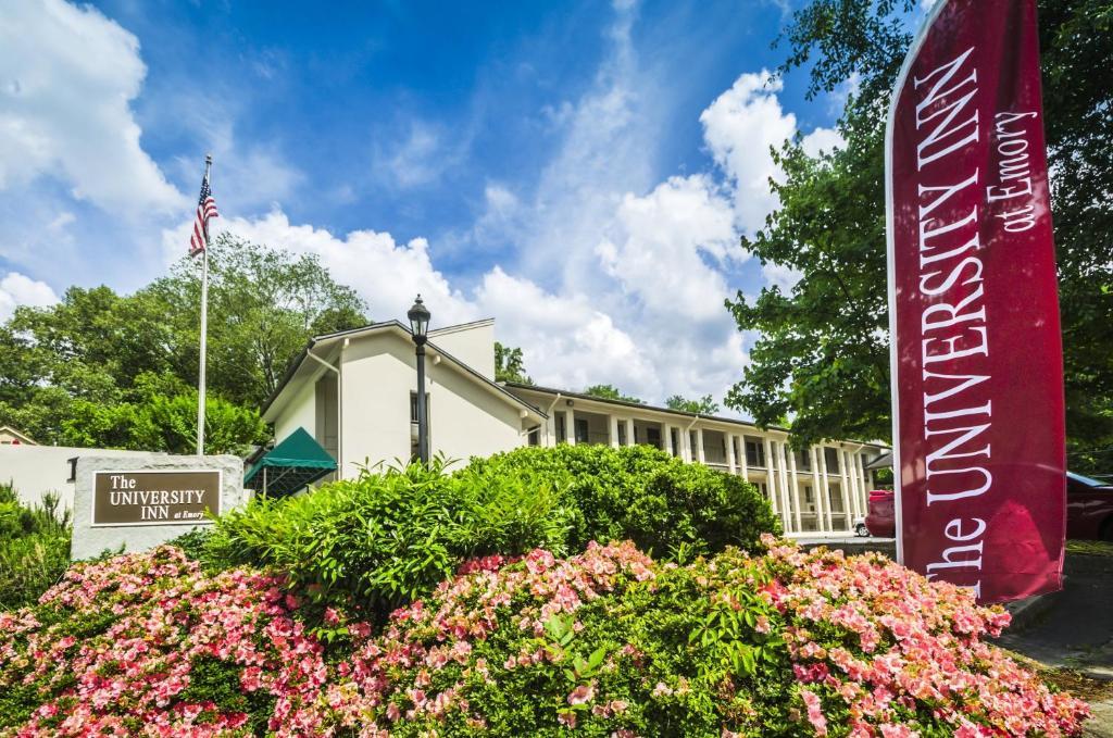 The University Inn at Emory, one of the hotels near Emory University.
