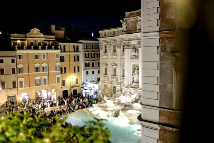The view from the Relais Fontana Di Trevi Hotel, one of the hotels near the Trevi Fountain.