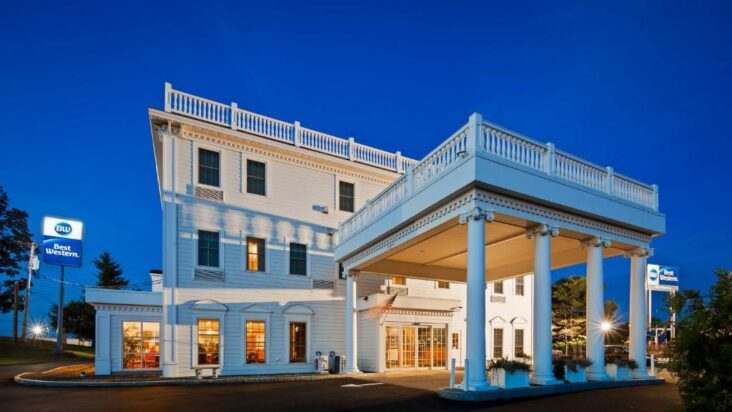The Best Western White House Inn, one of numerous hotels in Bangor, Maine.