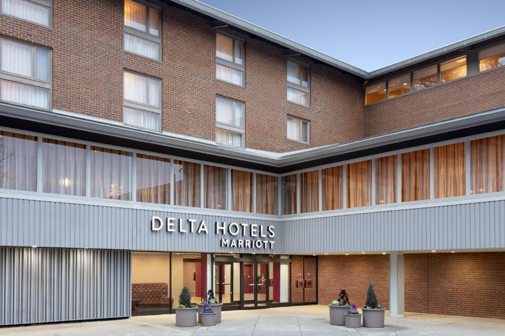 The Delta by Marriott Hotels Baltimore North, one of the hotels near Loyola University Maryland.
