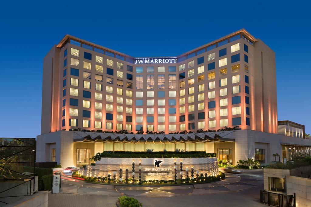 The JW Marriott Mumbai Sahar Airport, one of the hotels near Mumbai Airport.