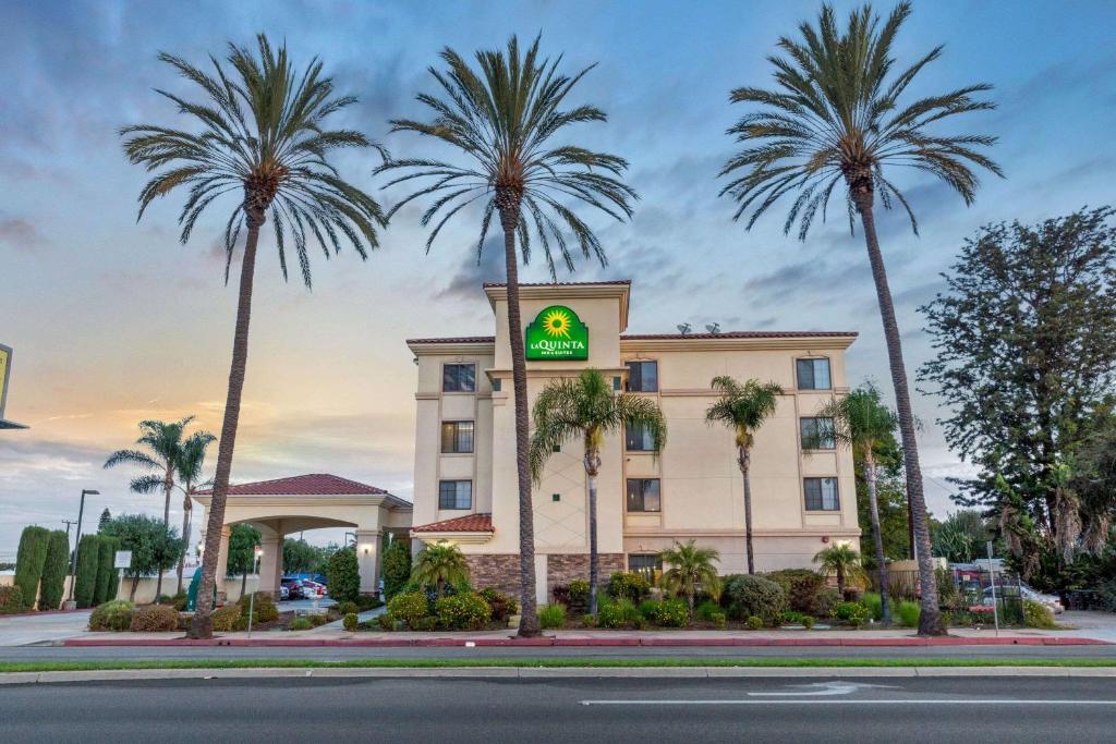 The La Quinta by Wyndham NE Long Beach Cypress, the only hotel in Hawaiian Gardens, CA.