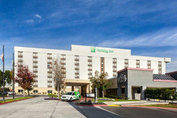 The Holiday Inn La Mirada Near Anaheim, one of the hotels near Biola University.