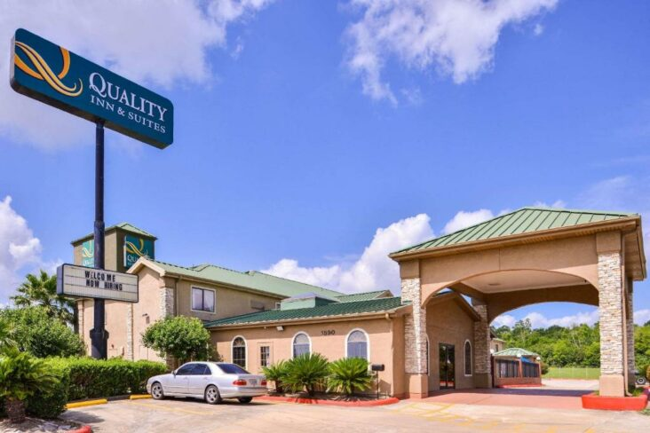 The Quality Inn & Suites Beaumont, one of the hotels near Lamar University in Texas.