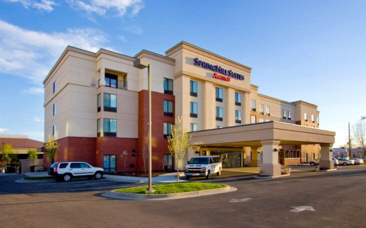 The SpringHill Suites by Marriott Provo, one of the hotels near BYU.