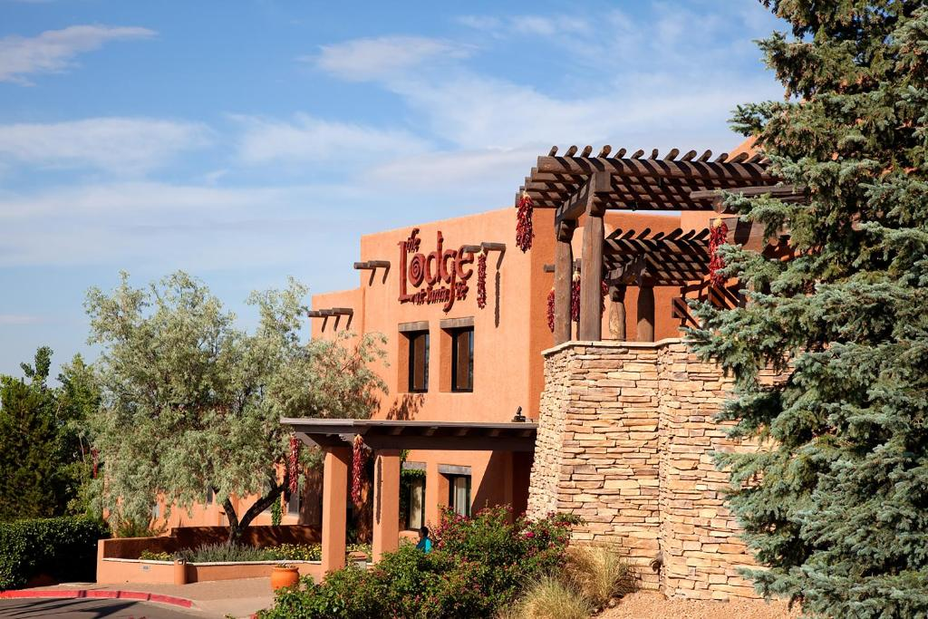 The Lodge at Santa Fe, one of numerous hotels in Santa Fe, New Mexico.
