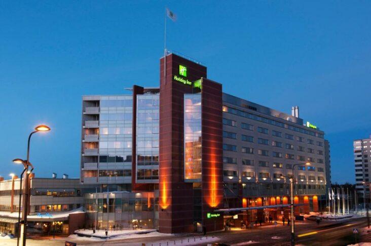 The Holiday Inn Helsinki - ពិព័រណ៍ដែលជាសណ្ឋាគារមួយក្នុងចំណោមសណ្ឋាគារជាច្រើននៅទីក្រុង Helsinki ប្រទេសហ្វាំងឡង់។