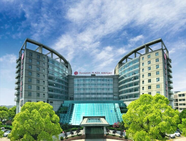 The Ramada Plaza Shanghai Pudong Airport, one of the hotels near Pudong Airport in China.